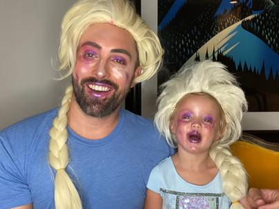 Így sminkel  kislányával a meleg apuka