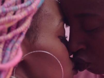 Leszbikus tárgyú filmet tiltottak be Kenyában