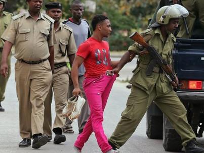 Tanzániában 30 év börtönnel és ánuszvizsgálattal sújtják a melegeket