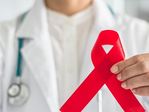 A HIV-kezelőorvos, akinek gyűjtést rendeztek betegei