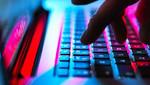 Melegekre specializálódott internetes csaló bukott le