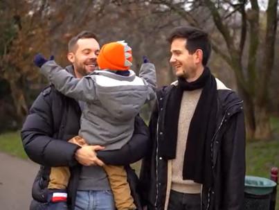 Meleg családokkal is köszöntötte az RTL Klub az új esztendőt