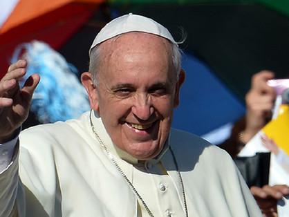 Ferenc pápa nem ért egyet az áldások tilalmával?