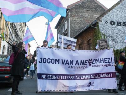 LMBT szervezetek tiltakoznak a kormány transzfób törvényjavaslata ellen