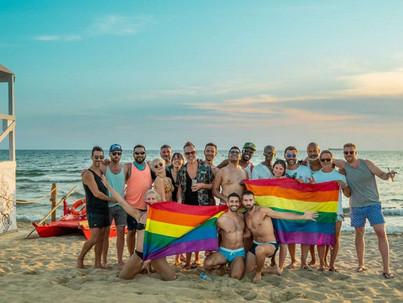 Az LMBT emberek fele idén sehova sem mehet nyaralni