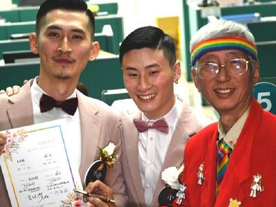 Egy hónap alatt több mint ezer azonos nemű pár házasodott Tajvanon