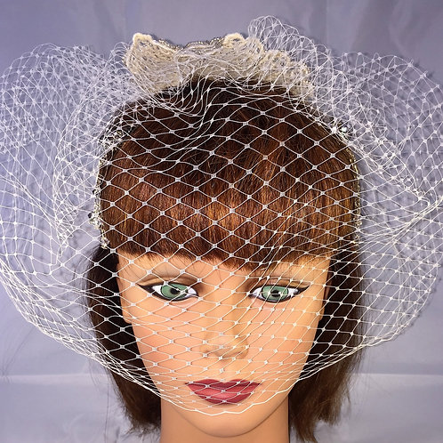Full Face Single Comb Birdcage Veil with Cream Lace