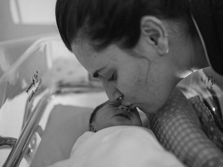 A Aurora - relato de um parto por um pai.