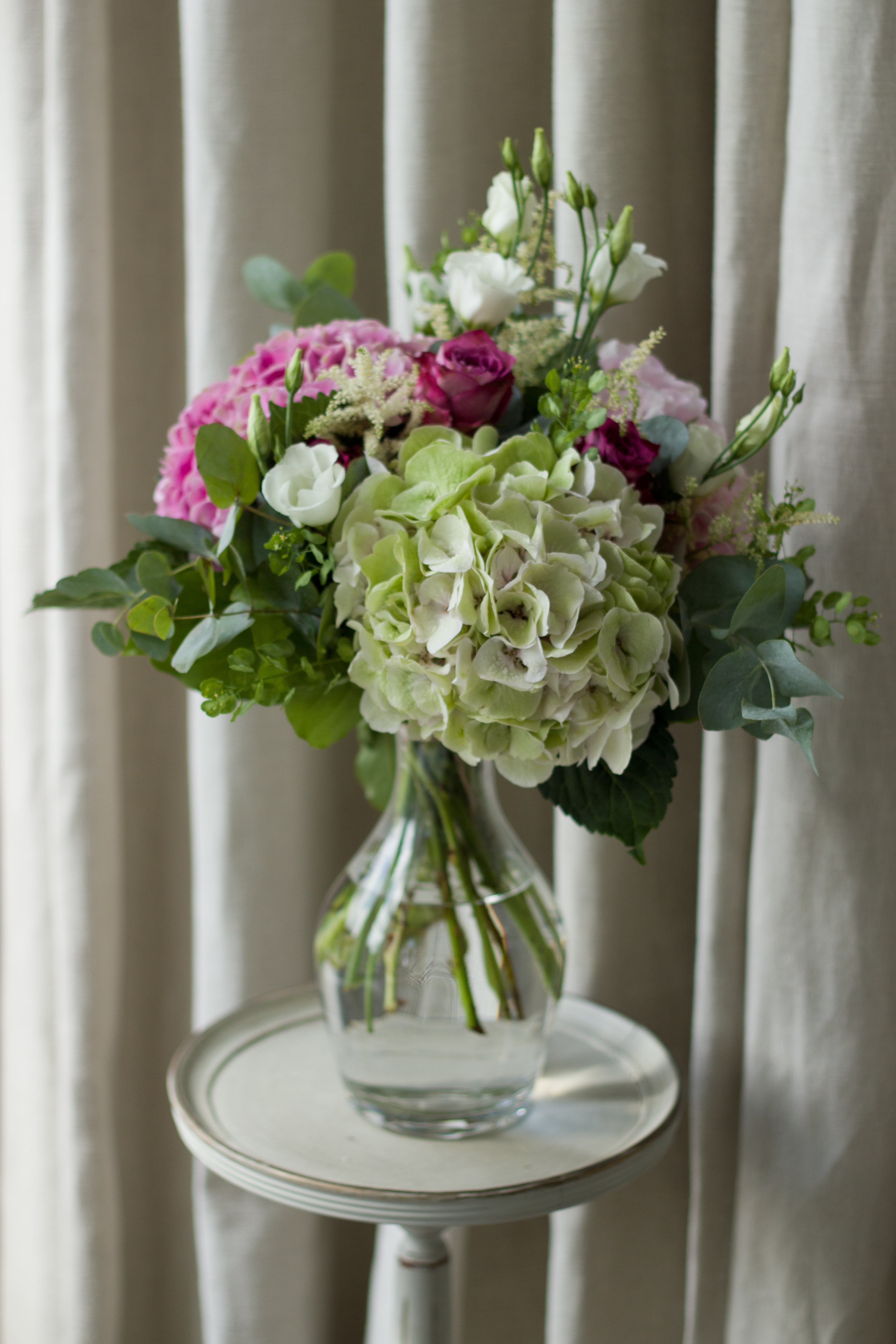 Hydrangea and rose vase