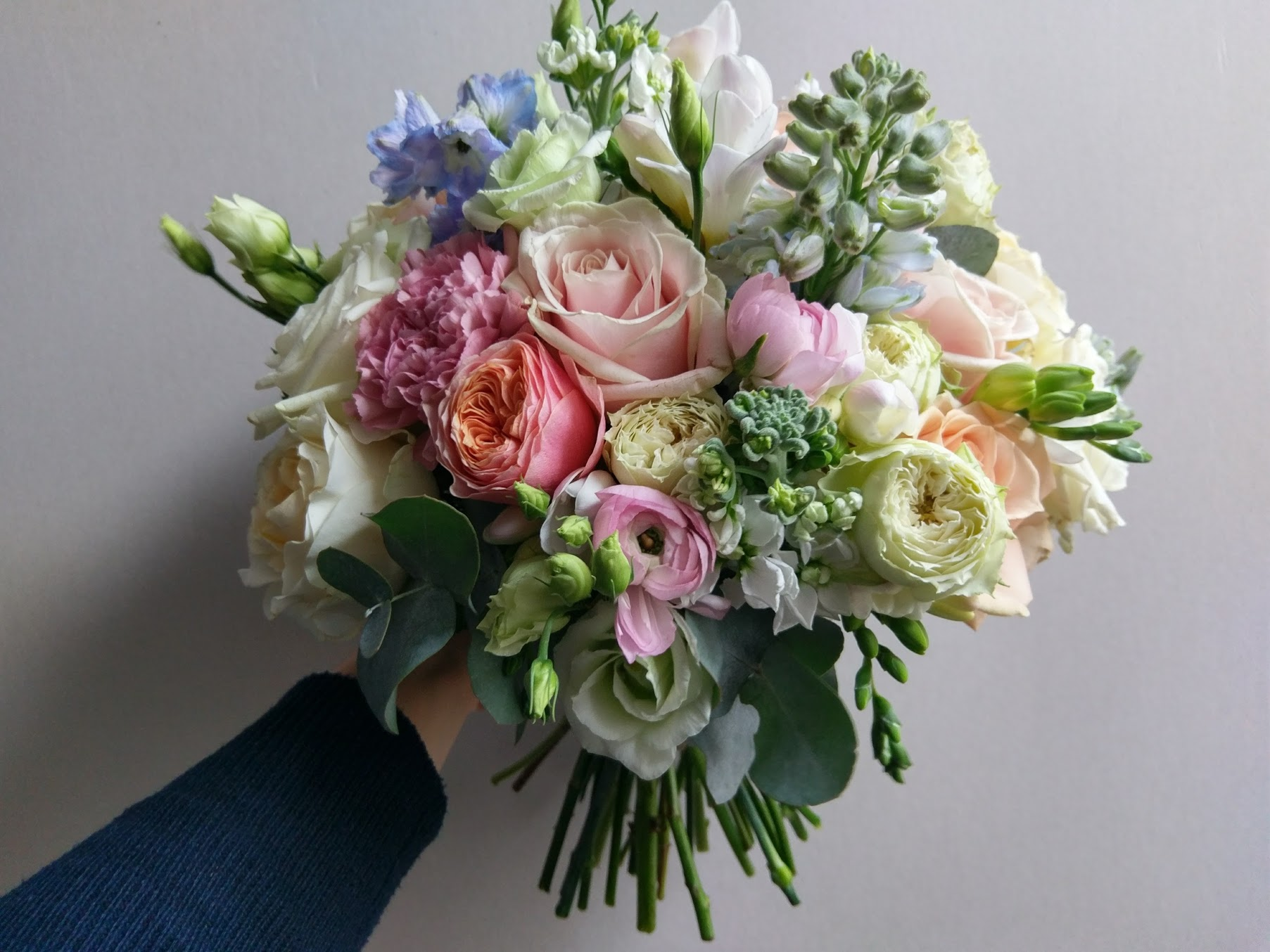 Mixed pastel colours bouquet