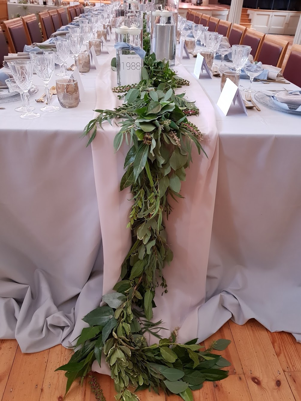 Table greenery runner