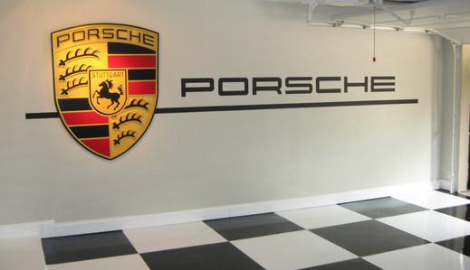 PORSCHE garage mural.JPG
