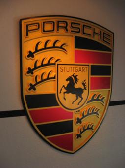 PORSCHE CRES