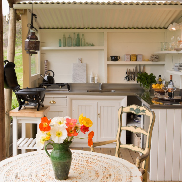Outdoor kitchen - Kowhai Retreat