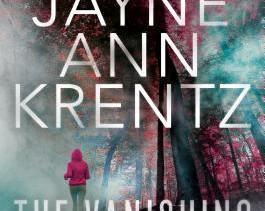 The Vanishing (Fogg Lake #1) by Jayne Ann Krentz