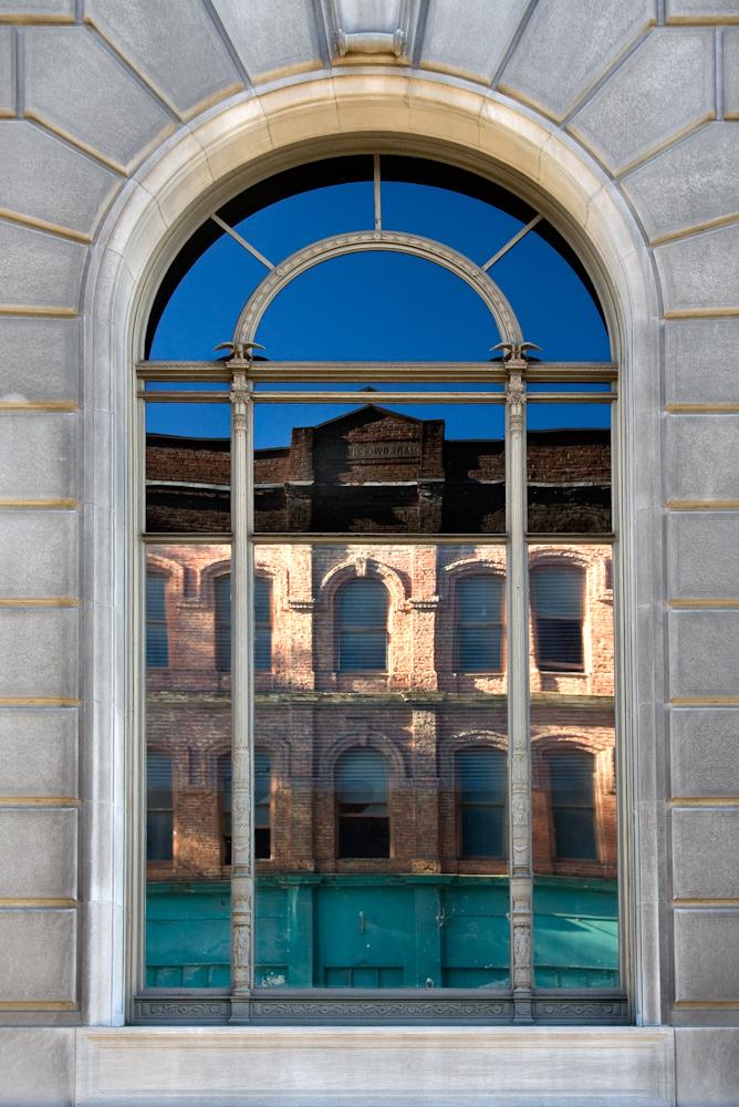 ARCHITECTURE_fed window 13x19.jpg