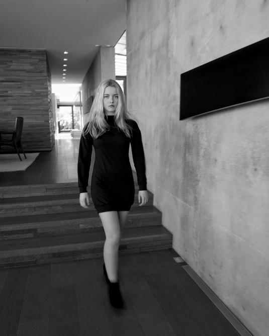 Olivia_by_ Carlo_Armendariz (19).jpg