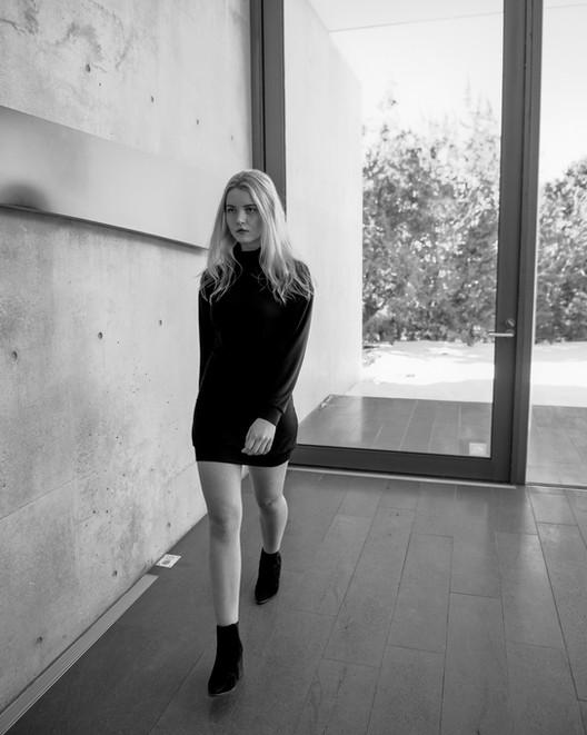 Olivia_by_ Carlo_Armendariz (17).jpg