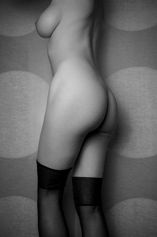 Laurel in stockings.jpg