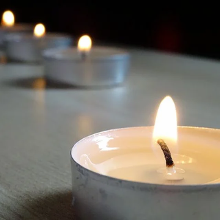 candle-2552148__480.webp