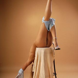 Xenia, ginnasta russa nuda e figa di 18 anni
