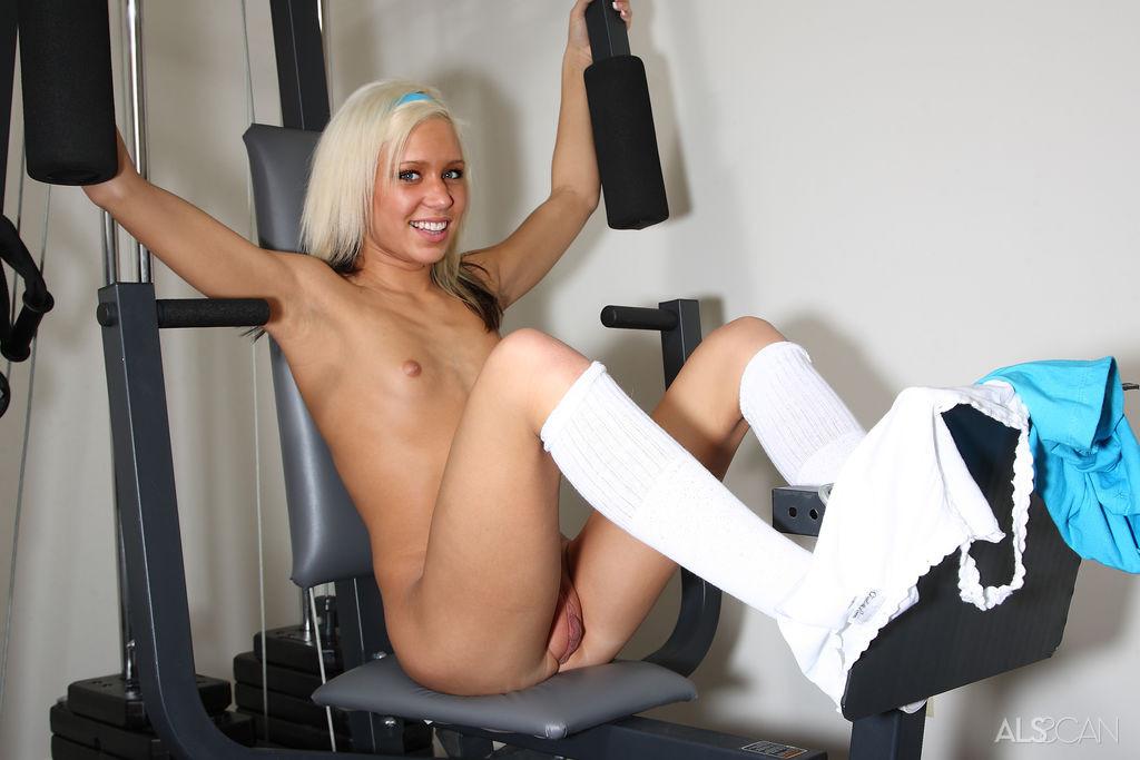 Kacey Jordan porno, kacey jordan nuda, ragazzine fisicate porno, ragazzine fighe troie