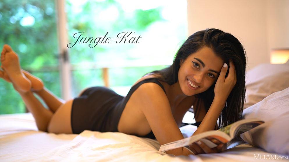 giovane modella indiana nuda, giovane modella nuda, modella indiana nuda, met art, modella met art porno, backstage met art