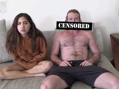 Questa ragazza studentessa voleva un surfista muscoloso - Video Porno Amatoriale