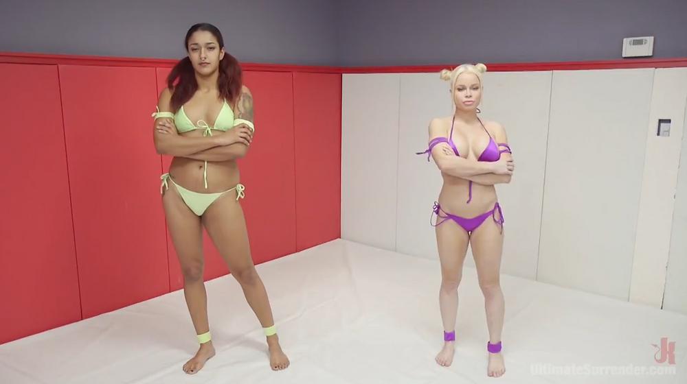Atlete lesbiche scopate, atlete lesbiche sesso, video porno lesbiche, combattimento sexy tra donne, lesbo wrestling