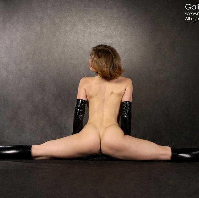 Galinkina, una giovane ginnasta nuda e figa di 18 anni