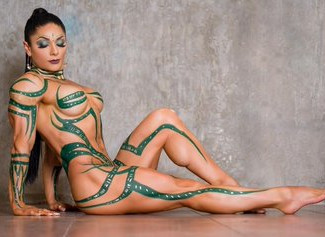 Bodybuilder nude: Dalle competizioni professionali ai servizi fotografici. Ragazze muscolose nude