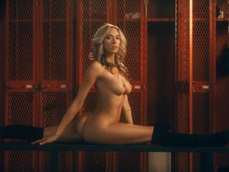 Natalie Mae, una personal trainer californiana diventa modella di PlayBoy, le foto erotiche HD