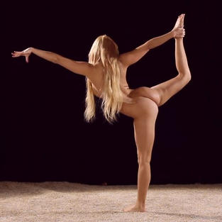 Slava Andreykina la più bella figa tra le ginnaste nude ungheresi