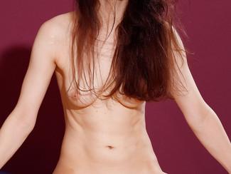 Masha Korjagina, un'altra ragazza diciottenne figa tra le ginnaste nude di Tettediferro