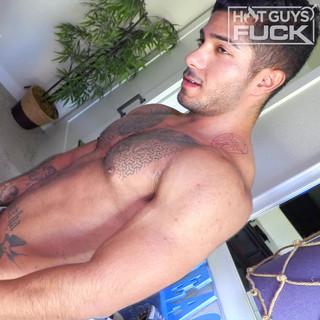 Voleva scoparsi un atleta brasiliano, porno interraziale