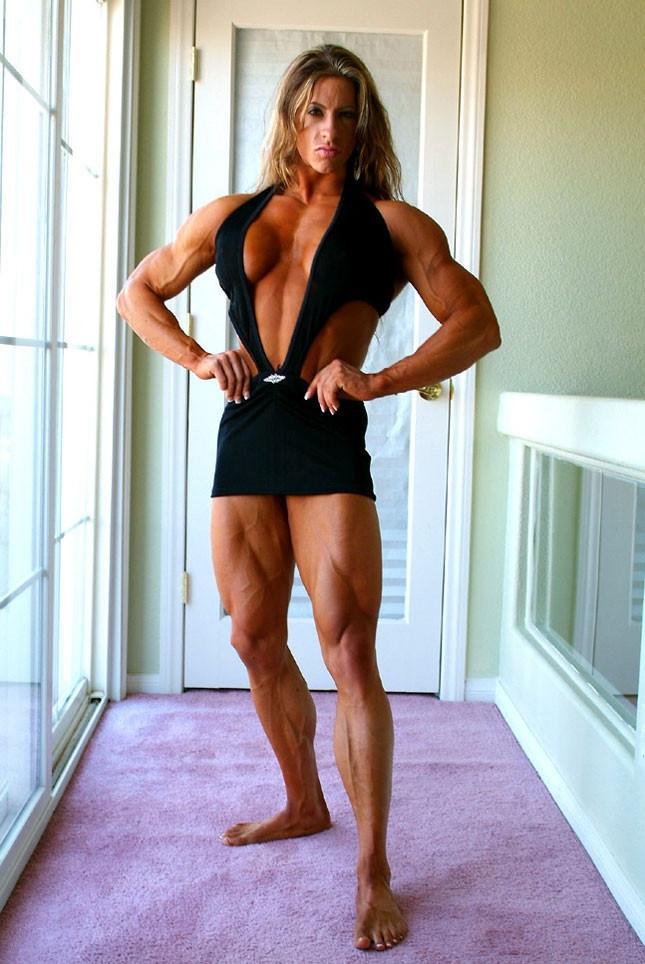 Angela Salvagno, dominazione femminile, video porno