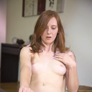 linda sweet, piercing al clitoride, figa con piercing, video porno masturbazione, video po