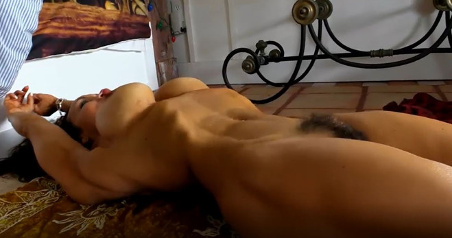 Tettediferro, chat erotiche, chat erotica, chat erotica live, ragazzine nude, ragazze nude, foto porno