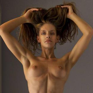 Skylar Rene e il servizio fotografico di Met Art