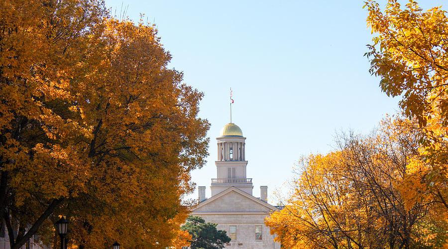 autumn-at-the-old-capitol-iowa-city-ia-c