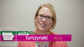 August 2020 Featured Member - Anita Turczynski