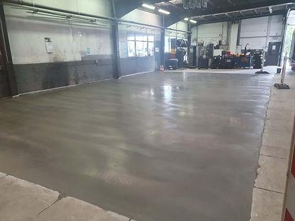 Heraanleg vloer in werkplaats