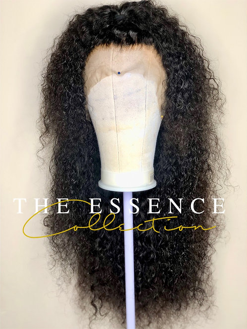 """26"""" Curly Frontal Wig size Small"""