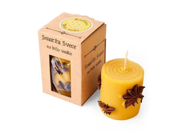 Smaržu svece ar anīsa zvaigznēm
