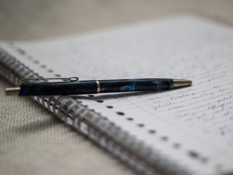 Scrittura rivelatrice: quando le parole che scrivi inconsciamente dicono chi sei