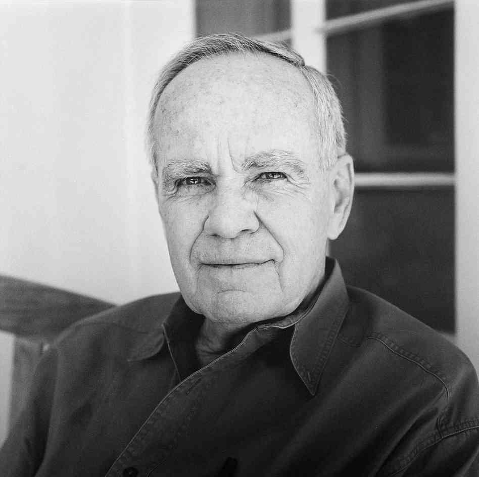 consigli di scrittura scrittore premio pulitzer cormac mccarthy come scrivere un saggio tesi di laurea - Il Tuo Biografo