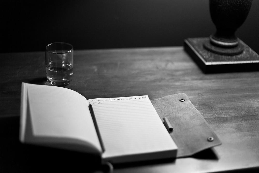 Biografia - Il Tuo Biografo - Nina Ferrari - racconto - storie - libro