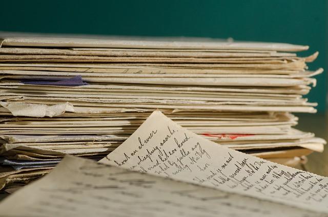 Il Tuo Biografo Nina Ferrari racconto biografico lettere d'amore