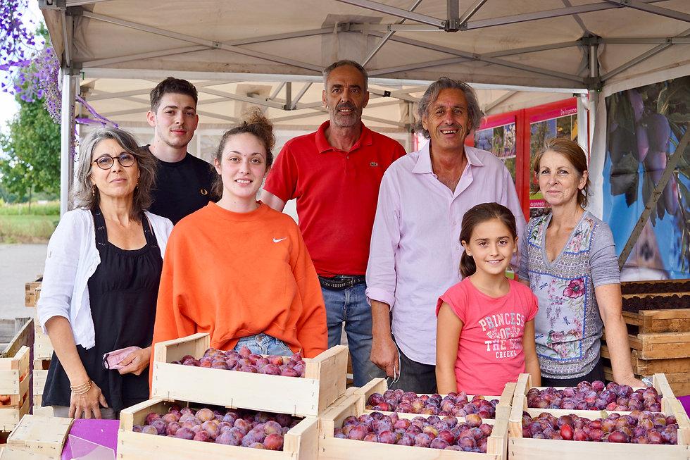 Famille Benedetti | Vente et livraison à domicile de fruits et légumes en Lot-et-Garonne | La Ferme aux Fruits à Le Temple-sur-Lot