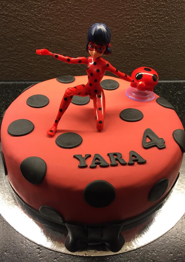 Ladybug Torte